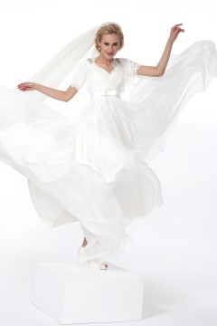 Sheath Column V Neck Court Train Chiffon Wedding Dress Alb12242