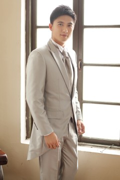 Silver 1 Button Peak Lapel Tuxedo Mm0010s