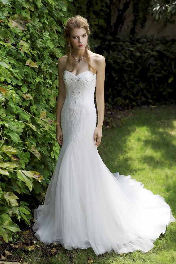 Trumpet Mermaid Sweetheart Tulle Ivory Sleeveless Wedding Dress with Beading and Crystal AWZT15003