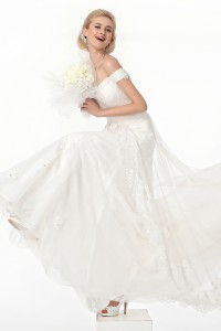 A Line Off The Shoulder Court Train Lace Wedding Dress Alb12286