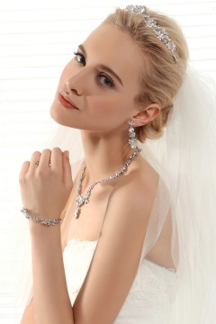 Graceful Rhinestones Wedding Necklace And Earrings Jewelry Set Ajtb0265