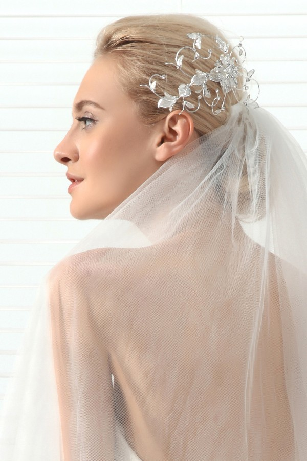 Princess Rhinestones With Pearl Wedding Headpiece Ajtb0312